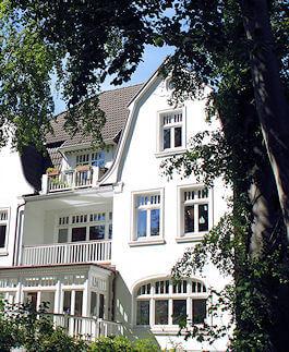 Hamburg Othmarschen - nahe KFZ-Werkstatt Haake
