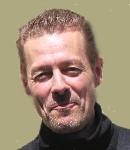 Mark Mazur - Karosserie- und Fahrzeugbauer arbeitet im Werkstattbereich