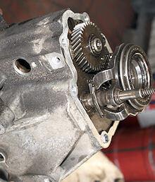 Autoreparaturen - Motor- und Getriebereparatur