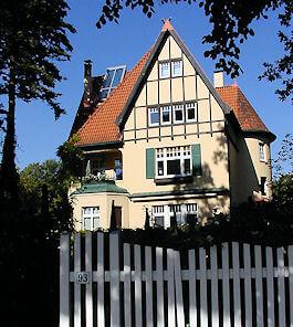 Hamburg Groß Borstel - nahe Autowerkstatt Haake